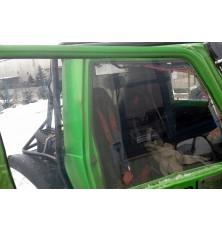 Szyba boczna (drzwi) Suzuki...